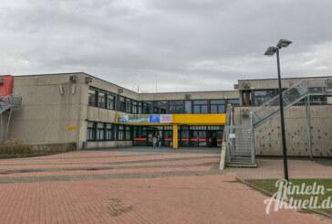 Schließfächer in Gymnasium aufgebrochen
