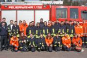 Theorie und Praxis für 27 Feuerwehrleute bei erstem Teil der Truppmannausbildung