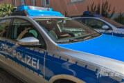 Steinbergen: Geparktes Auto auf B 83 an Außenspiegel und Rad beschädigt