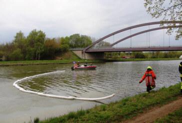 Ölverschmutzung auf dem Mittellandkanal ruft Feuerwehr auf den Plan