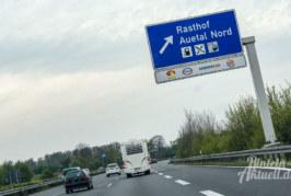 """Auetal: Polizei verhaftet mutmaßliche """"Planenschlitzer"""""""