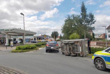 Polizeibericht: Pferd verletzt, Einbruch in Kindergarten-Bauwagen, Anhänger umgekippt