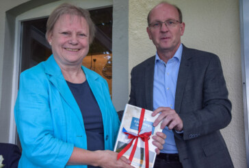 Naturpark Weserbergland: Staatssekretärin im Umweltministerium informiert sich vor Ort