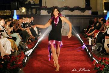 Rintelner Tanz- und Fitnessprofi Basia beim Catwalk auf Hamburger Fashion Night