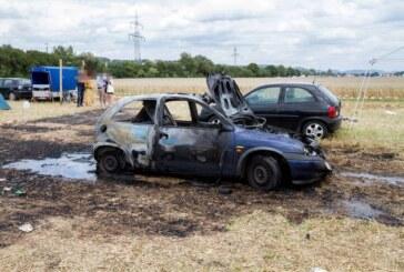 """Auto auf Festivalgelände von """"Umsonst und Draussen"""" in Veltheim ausgebrannt"""