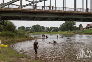Mit DLRG-Unterstützung: Polizei probt Rettungseinsatz in der Weser
