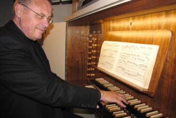 Nachtmusik der Generationen: Großvater und Enkel spielen in der Klosterkirche Möllenbeck