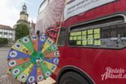 Notfallkonzerte und Gespräche am Bus der Begegnungen