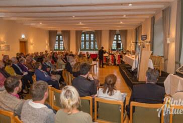 """""""Es ist normal, verschieden zu sein"""": Empfang der Stiftung für Rinteln im Ratskellersaal"""