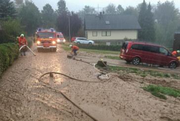 Deckbergen: Starke Regenfälle und Schlamm sorgen für Feuerwehreinsatz