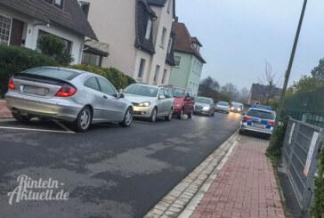 Polizei ermahnt Parksünder vor Grundschule