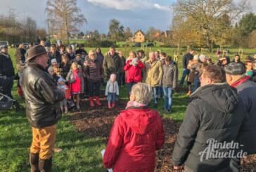 Zuwachs am Rintelner Generationenpark: 31 neue Apfelbäume für Jungen und Mädchen