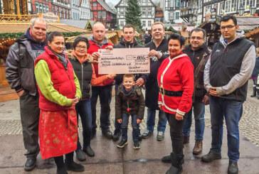 Bilanz der Weihnachtszauber-Spendensammlung: 885 Euro für Aktion Lichtblicke