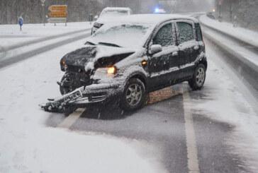 Schnee am Sonntag: Mehrere Verkehrsunfälle in Bückeburg und Bad Eilsen