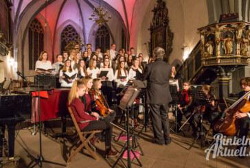 Festlicher Blumenstrauß von Klassik bis Swing: Großes Weihnachtskonzert des Gymnasiums in der Nikolai-Kirche