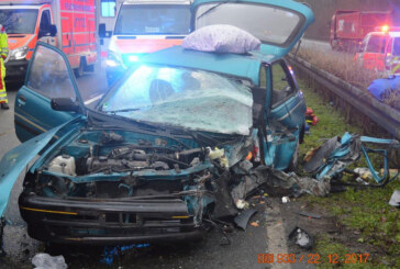 B65: Geisterfahrer (78) kommt bei Frontal-Crash ums Leben