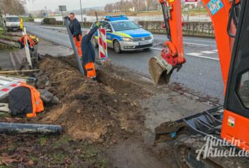 Hartler Straße: Baggern für neue Leitungen