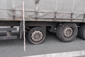 A2 bei Porta: Betrunkener LKW-Fahrer mit beschädigtem Reifen fährt Schlangenlinien