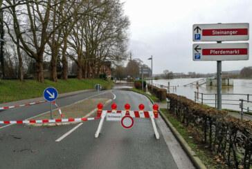 Weser-Wasserstand in Rinteln steigt weiter: Straßensperren eingerichtet