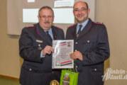 Oldtimer auf Achse: Einsatzfahrzeug der Feuerwehr Engern feiert 29. Geburstag / Ersatz ist unterwegs