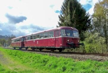 Schienenbus startet Ostern wieder zu Fahrten von Rinteln nach Stadthagen
