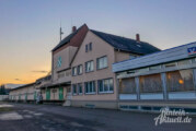 Vertröstet, verzweifelt, verärgert: Feuerwehr Krankenhagen wartet seit sechs Jahren auf Neubaubeginn