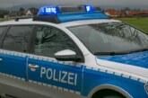Rinteln: Fahrzeugscheibe eingeschlagen und Handy gestohlen