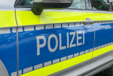 Diebstahl aus Rucksack in Kreissporthalle / BMW-Außenspiegel beschädigt