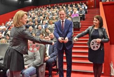 Neuer Kinosaal in Rintelns Partnerstadt Slawno: 189 Plätze mit Komfort/35 Rintelner an Pfingsten zu Gast