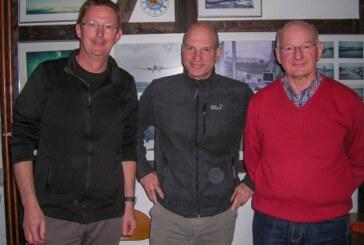Luftsportverein Rinteln ehrt Leo Stewing für 50 Jahre fliegerische Tätigkeit