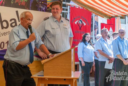 90 Jahre Feuerwehr Uchtdorf: Geburtstagsparty bei bestem Wetter