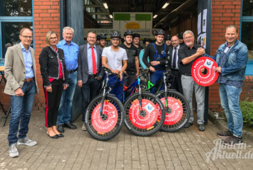 """""""Wir fahren Rad statt Auto"""": 15 neue Mountainbikes für BBS-Schüler"""