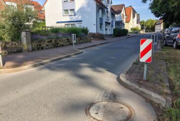 E-Bike-Ladestationen im Zentrum, Baumtore und Aufpflasterungen gegen Raser