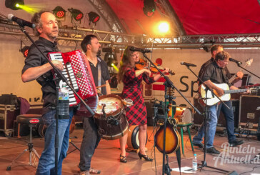 Musik und ein lauer Sommerabend: Patentrezept für Irish-Folk-Festival in Möllenbeck geht auf