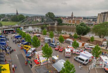 """Gelungene Premiere für den """"Blaulichttag – Einsatz für Schaumburg"""" in Rinteln"""