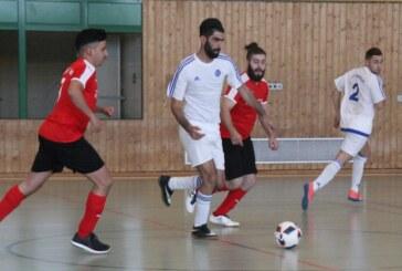 Rintelner Futsal-Team kickt sich vor Sommerpause auf Platz Eins