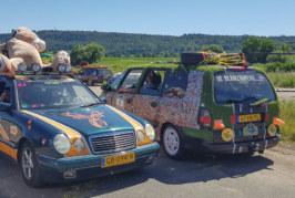 Carbage Run: Über 1.000 skurille Autos auf dem Weg durchs Weserbergland