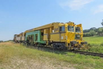 Stopfmaschine bei Rinteln-Stadthagener Eisenbahn im Einsatz