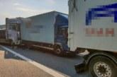 Unfall auf A2 im Auetal: LKW-Fahrer übersieht Stauende – zwei Verletzte