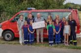Geburtstagsgeschenk als Spende für Jugendfeuerwehr Wennenkamp