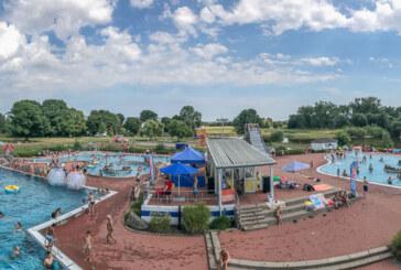 Mega-Wetter und willkommene Abkühlung: Poolparty im Freibad bei Sommerhitze