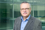"""Grünen-Bundestagsabgeordneter Uwe Kekeritz referiert zum Thema """"Fluchtursachen und nicht Geflüchtete bekämpfen"""" in Rinteln"""