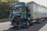 Fahrer (60) schwer verletzt: A2 bei Rehren nach LKW-Unfall gesperrt