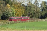 Mit dem historischen Schienenbus zur Saisonabschlussfahrt durch die Herbstlandschaft