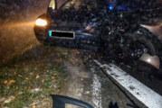 Unfall im Nebel: Zwei Verletzte