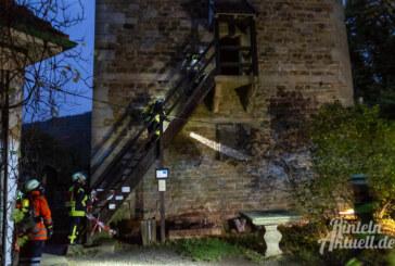 Rettung und Brandbekämpfung: Feuerwehr übt Großeinsatz auf der Schaumburg