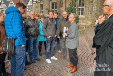 Wer trägt die Verantwortung für Roggenkamps Absetzung? 330 Unterschriften für Pastor überreicht