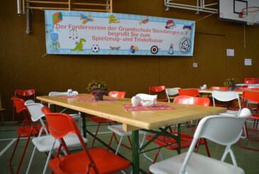 Steinbergen: Traditioneller Spielzeugbasar mit Gewinnspiel für Kinder