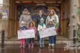 Nikolausstiefel erfreuen Kindergartenkinder