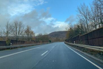 Steinbergen: Staugefahr durch Baumfällarbeiten auf Umgehungsstraße